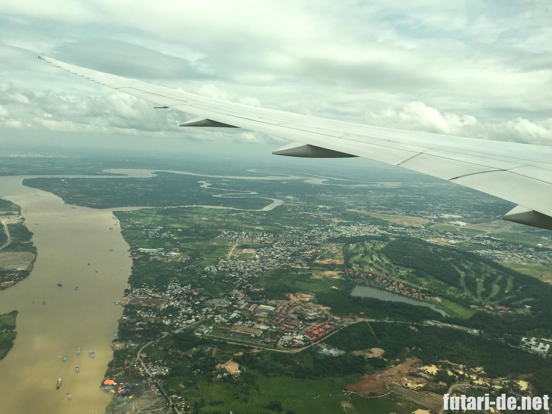 ベトナム タンソンニャット国際空港上空