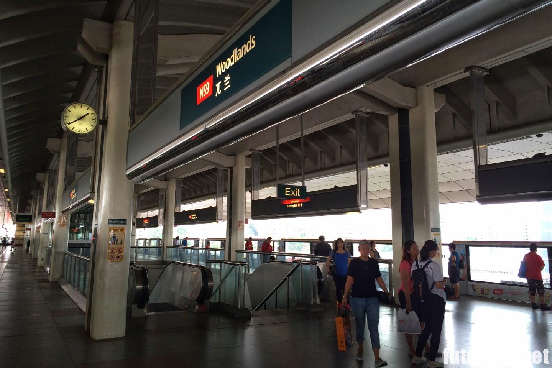 シンガポール Woodlands 駅