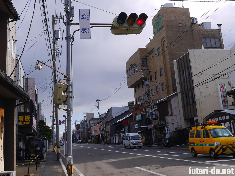金沢 広小路バス停 蛤坂 妙立寺