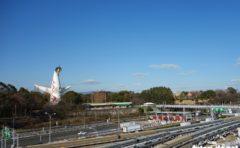 大阪モノレール 万博記念公園駅 太陽の塔