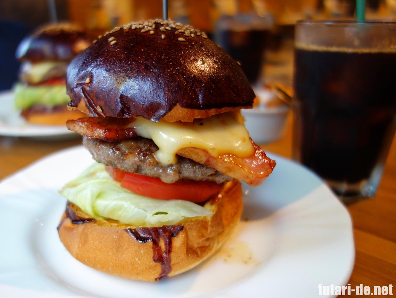 ハングリーヘブン 麹町 ハンバーガー ベーコンチーズバーガー