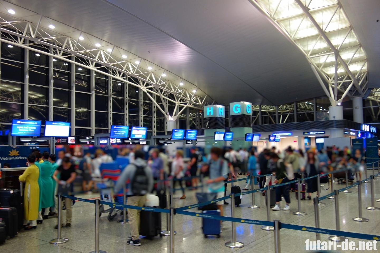 ベトナム チェックイン ノイバイ空港 ハノイ ベトナム航空